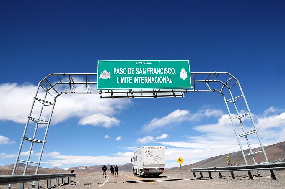 Am 4726 Meter hohen San Francisco Pass