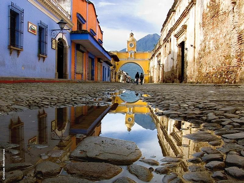 Historische Gassen in Antigua auf unserer Guatemala-Rundreise