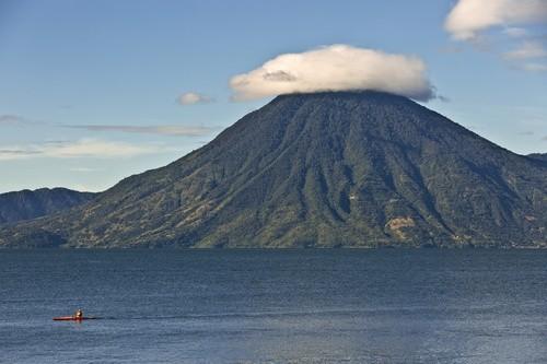 Beeindruckende Landschaft am Atitlán-See während unserer Mittelamerika Reise