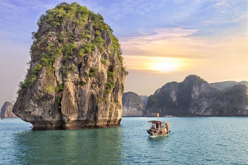 Traumhafte Halong Bucht in Vietnam