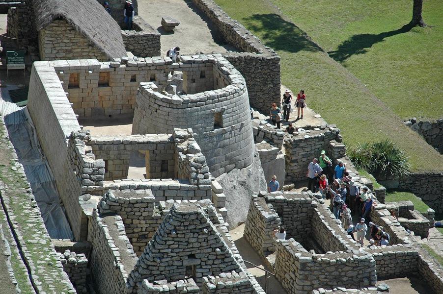 Der Sonnentempel in Machu Picchu - eine architektonische Meisterleistung der Inkas in Peru