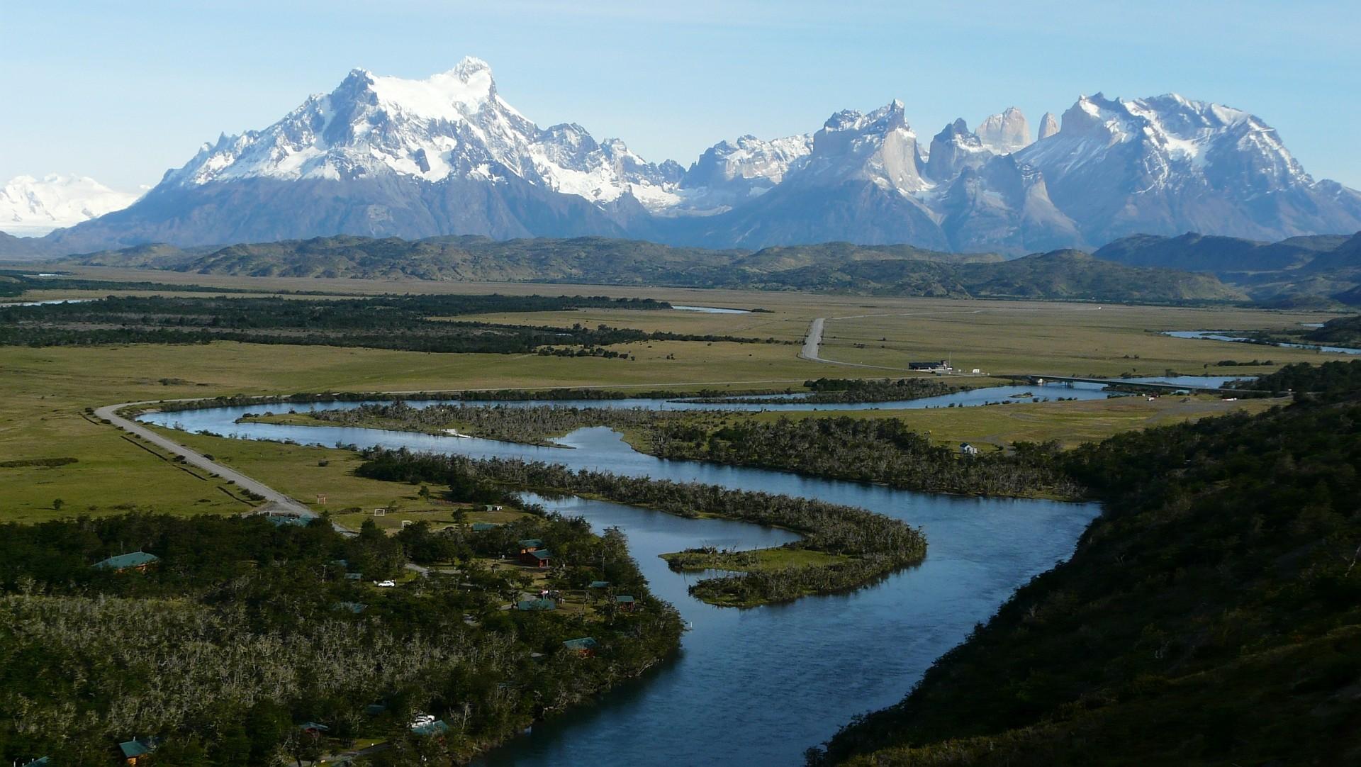 Beeindruckende Andenkulisse im tiefen Süden auf unserer Patagonien Reise