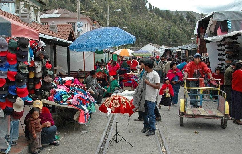 Viele bunte Märkte während unserer Ecuador Reise