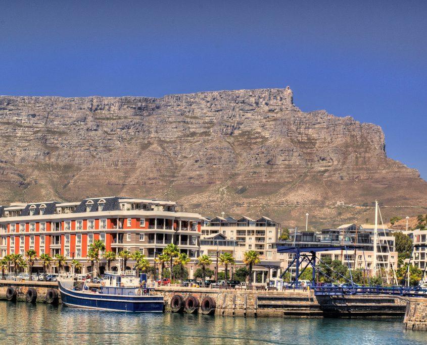 Kapstadt mit dem Tafelberg im Hintergrund