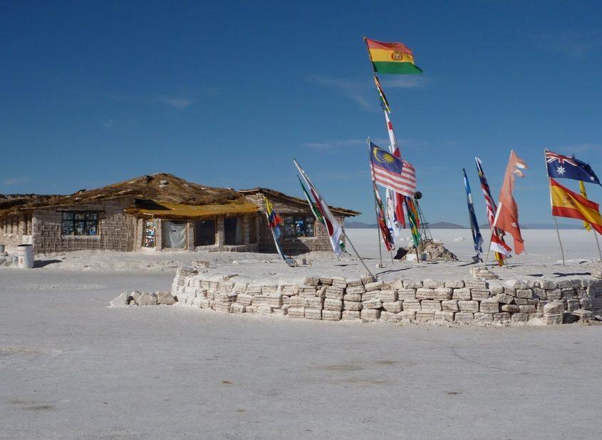 Mitten auf dem Salar de Uyuni in Bolivien