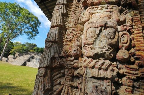Skulpturen in Copán