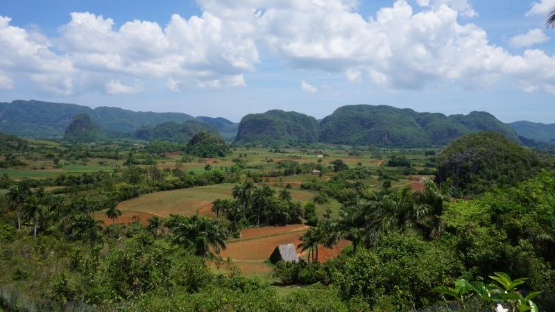 Landschaft bei Viñales auf unserer Kuba-Rundreise