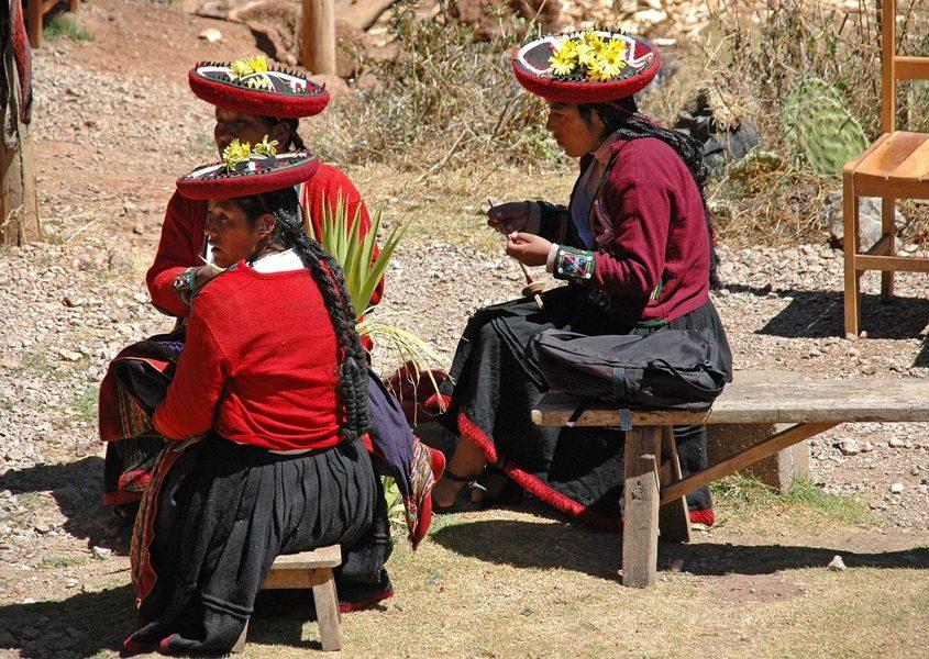 Webkooperative in Chinchero im Andenhochland von Peru