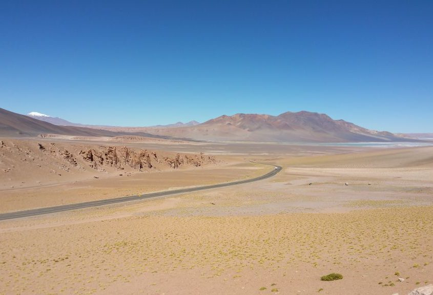 Grandiose Landschaft über den Jama-Pass